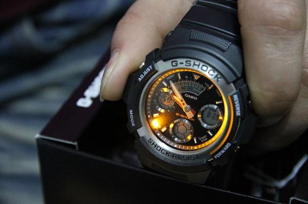 đồng hồ g shock đèn led 1